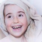 Como fazer banho de espuma infantil